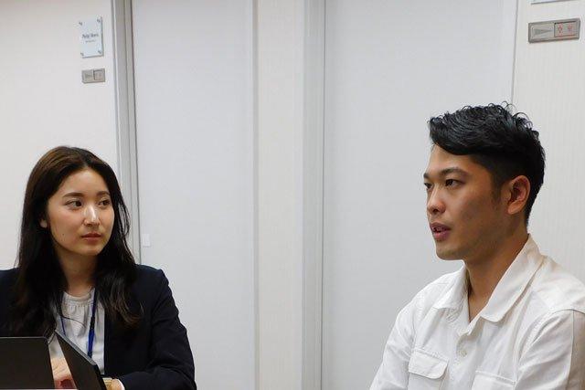 青野様、渡邊様インタビュー中の様子